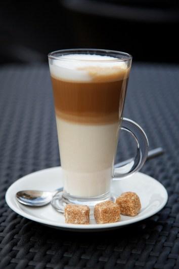 European-style Latte Macchiato