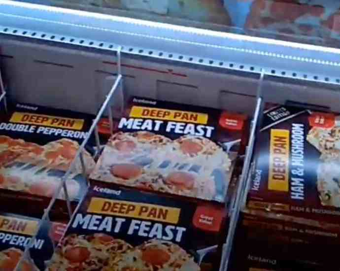 grocery stores with frozen pizzas