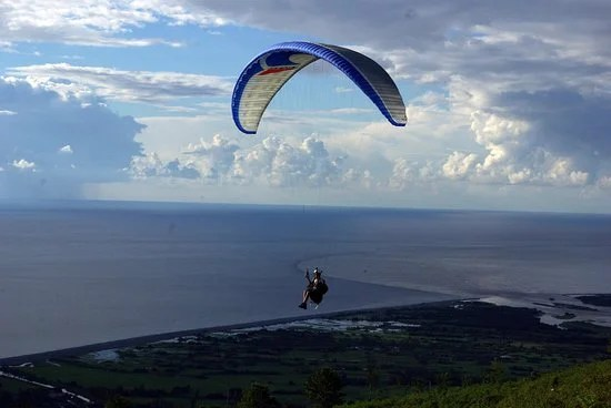 Fly over Batumi and see the amazing landscapes
