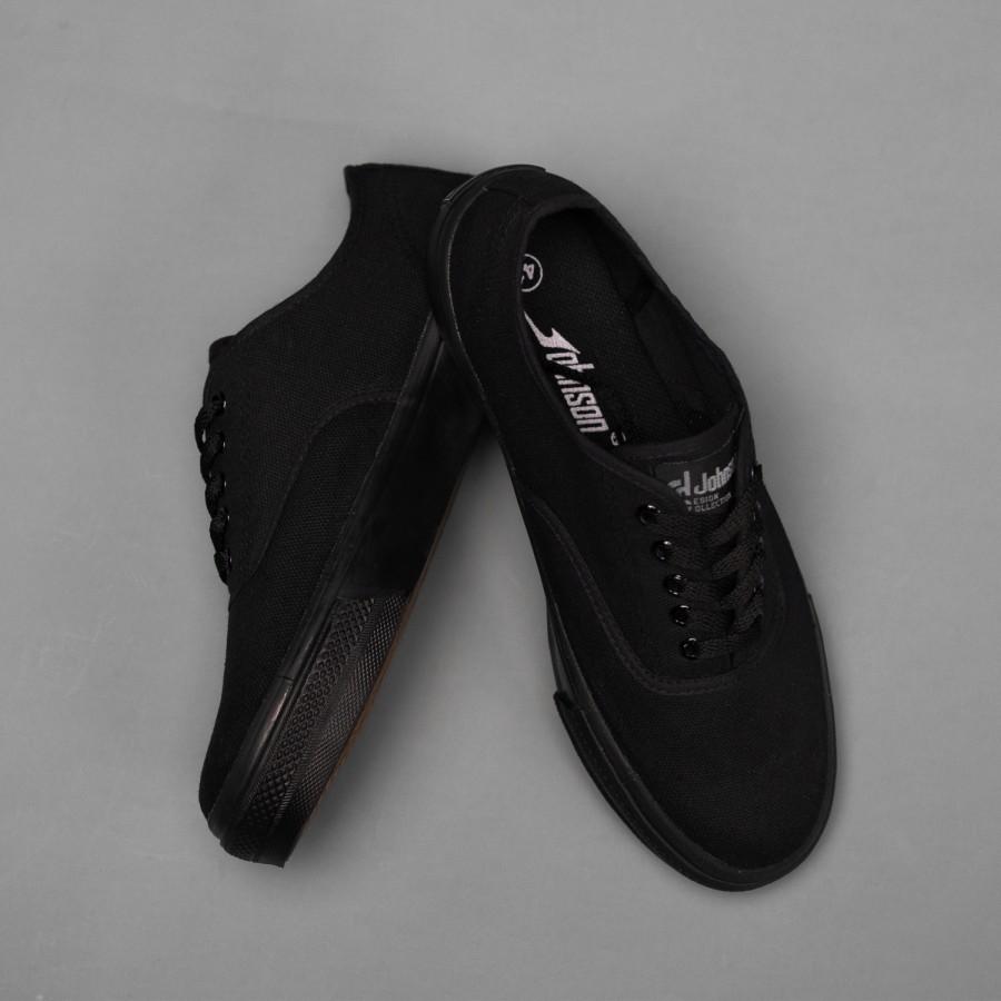 Johnson - Astro Lowcut (LC) All Black