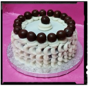 Layer Cake triple chocolate