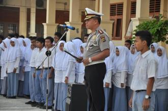 Dir Lantas Polda Aceh KOMBES POL. M. INDRA GAUTAMA, M.Si menjadi Irup di MAN 2 Banda Aceh