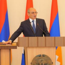 Nagorno Karabakh - President Bako Sahakian is sworn in for another term, 7Sep2017.