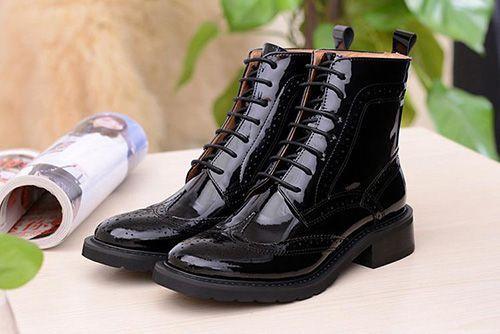 75b6bc7a15 Aké topánky si vybrať na jar. Ako si vybrať dámske topánky pre jarnú ...