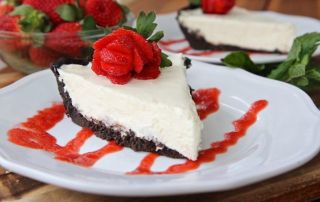No Bake White Chocolate Cheesecake