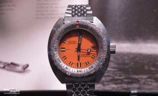 Doxa_Sub_300T_Professional_EMD_Issue_Front_2_Chateau_des_Monts_2012
