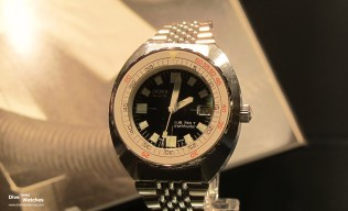 Doxa_Sub_750T_Sharkuhunter_Front_Chateau_des_Monts_2012