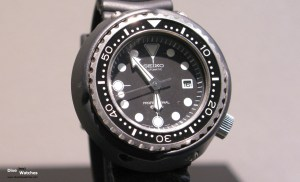 Seiko_Vintage_Professional_Diver_600_1975_Front_Baselworld_2009