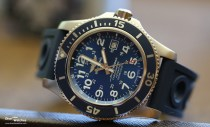 Breitling_SuperOcean_44_Blue_Frontal_La_Chaux_de_Fonds_2015