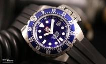 Die Luminox Deep Dive Automatic 1500 ist bis 500 Meter wasserdicht