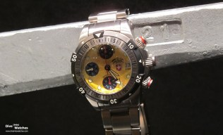 cx_Swiss_Military_20000_Feet_Yellow_Baselworld_2011