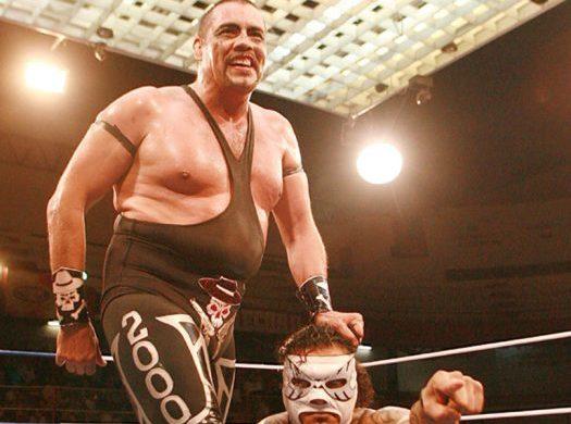 Duelo en la lucha libre mexicana, fallece Universo 2000