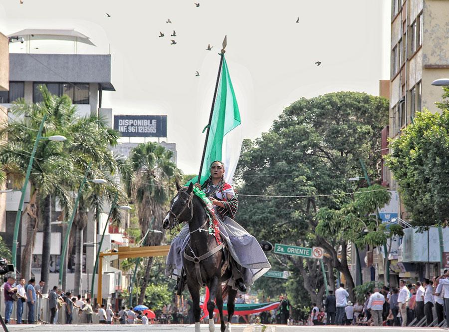 Con desfile, recuerdan el inicio de la Revolución Mexicana