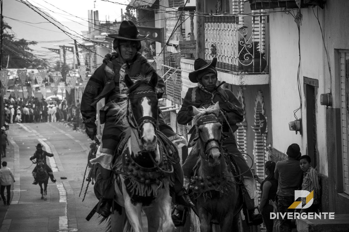 Los Carrerantes, un ritual místico de los tsotsiles en Carranza