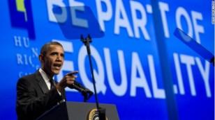 Presidente americano assinou uma legislação contra crimes de ódio que se tornou a primeira proteção de direitos civis federais para as pessoas transexuais na história daquele país