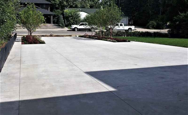 Concrete Thick Should Be Driveway How