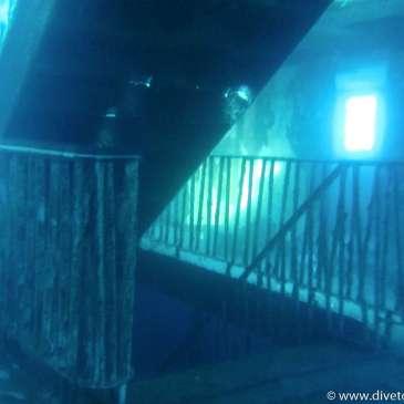 Innvendig trapper, opp og ned, Dykking på Malta