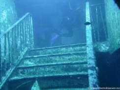 Dykker, innvendig trapp