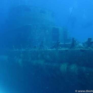Vraktåke, overbyggning fra styrbord side, dykkere, Dykkerferie med PADI, Dykking i Egypt