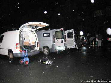 Biler, parkeringsplass, regn