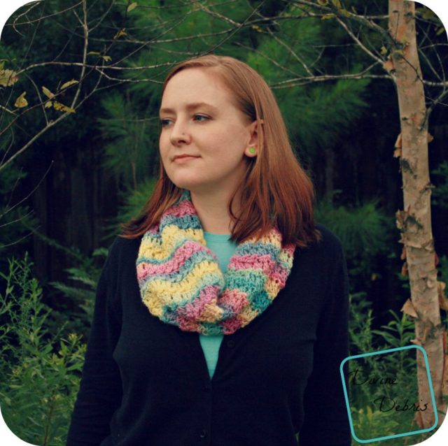 Katie Cowl version 1 crochet pattern by DivineDebris.com