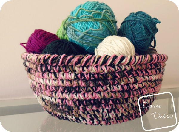 Stash Buster Yarn Bowl crochet pattern by DivineDebris.com