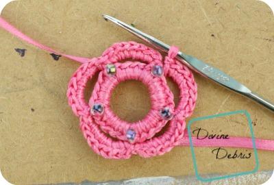 Brandy Earrings free crochet pattern by DivineDebris.com