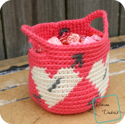 Tapestry Heart Basket free crochet pattern