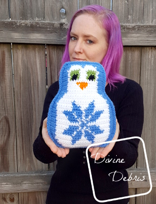 Snowflake Penguin Ami crochet pattern by DivineDebris.com