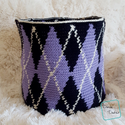 Big Argyle Basket crochet pattern by DivineDebris.com