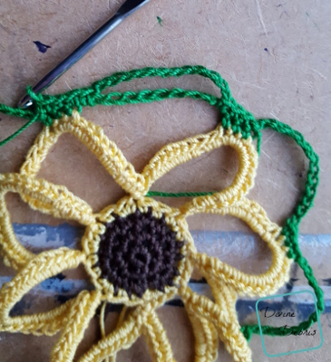 Sunflower Barefoot Sandals free crochet pattern by Divinedebris.com