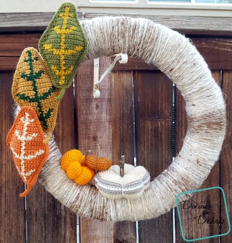 Simple Fall Wreath free crochet pattern by DivineDebris.com
