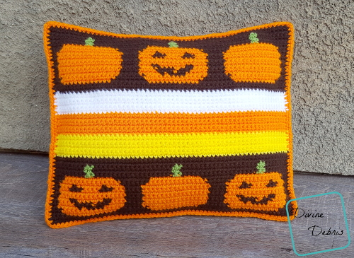 Pillows like Pumpkins – the Smiling Pumpkins Pillow pattern