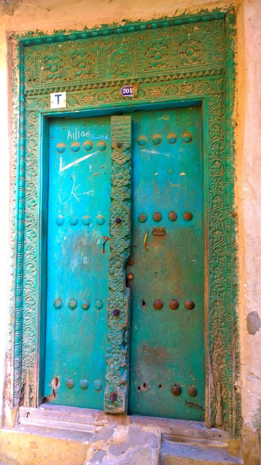 Doors of Zanzibar 12