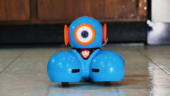 Dash STEM Learning Robot at Best Buy