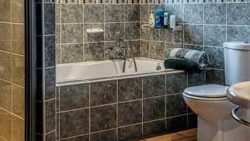 bathroom 490781 640