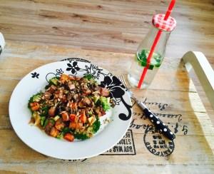 lauwwarme-salade-met-zoete-aardappel