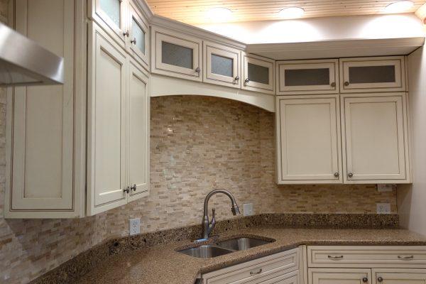 DBR-67_Main-Kitchen-Sink_1555x1037