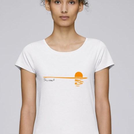Tee-shirt pour femmes avec le motif Sunset