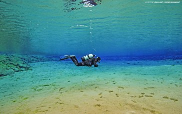 Diving at Silfra, the Lagoon. Photo © Jeffrey Gallant | Diving Almanac