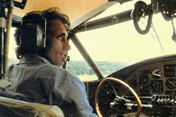 Philippe Cousteau in the Flying Calypso on Lake Victoria, Uganda, in July 1978. Photo by EarthEcho International (Creative Commons)