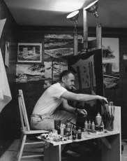 Frank Murdoch in his studio. Photo © Murdoch Family