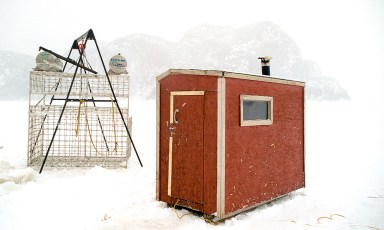 GEERG's shark observation cage on the frozen Saguenay Fjord in 2002. Photo © Jeffrey Gallant   GEERG