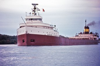 The Edmund Fitzgerald in 1971. Photo by Greenmars (Creative Commons)