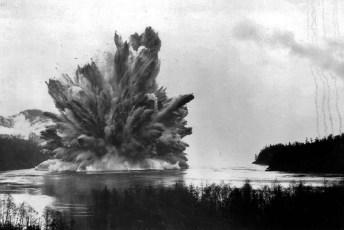 The Ripple Rock explosion on April 5, 1958 (Fair Use)