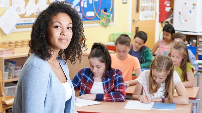 5 Reasons To Retrain As A Teacher