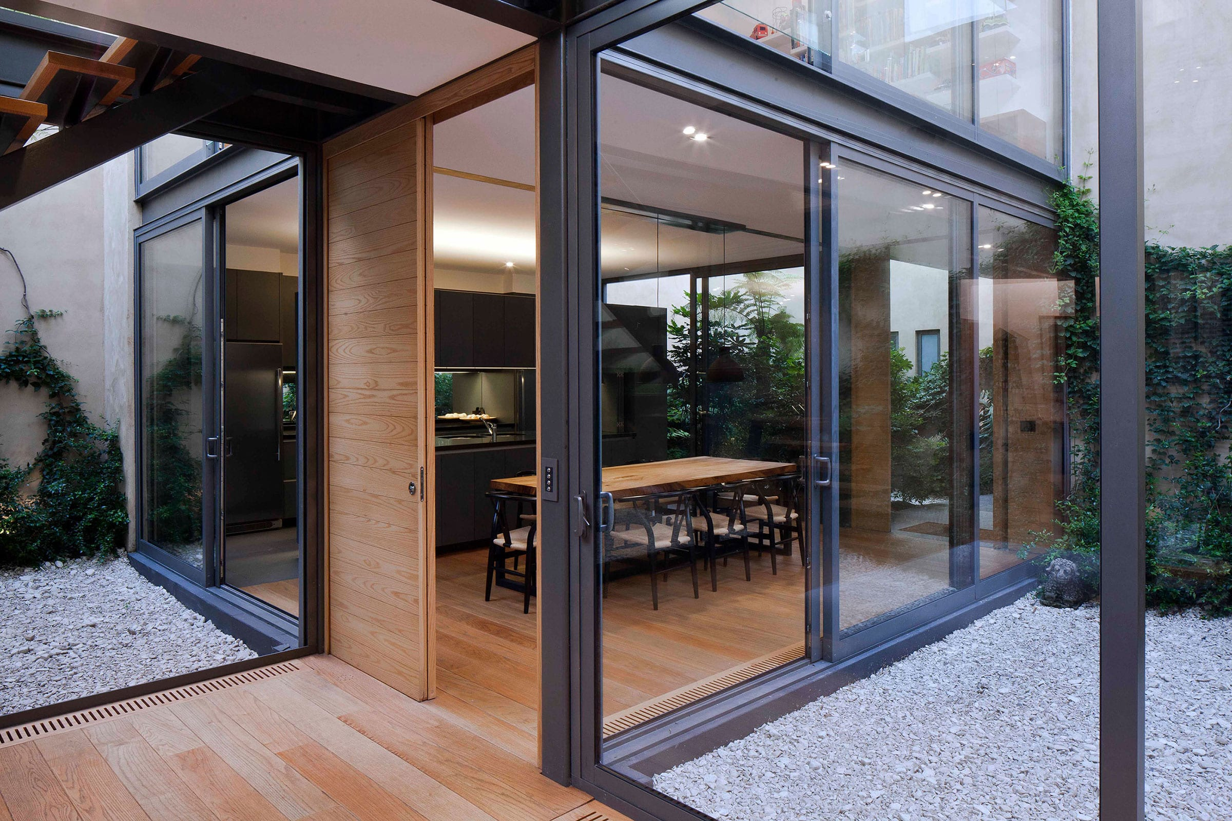 stebelski onnis luque 4 patio house