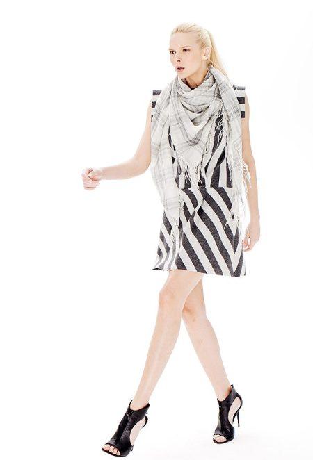 FW15DR26 - Dress