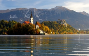 croppedimage305193-Bled-and-its-surroundings-12-Foto-Bled-LTO6