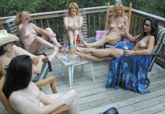 Trailer park lesbians